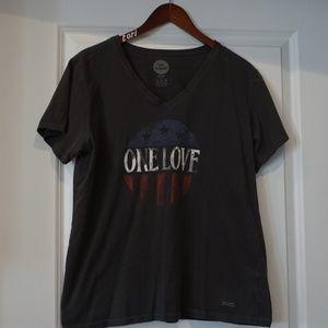 Life Is Good Women's XL tshirt